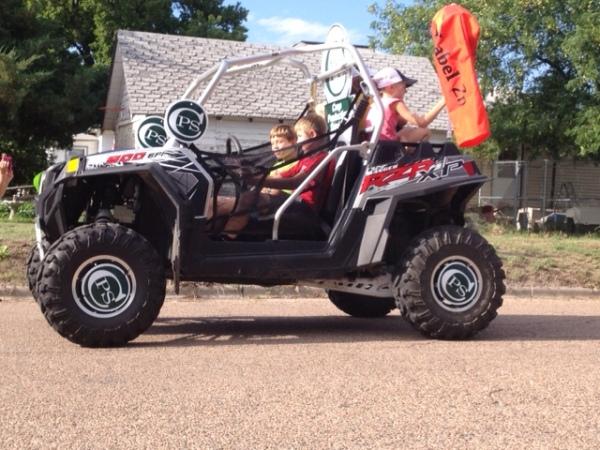 parade - dune buggy