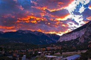 hillside-hotel-room-sunset_0
